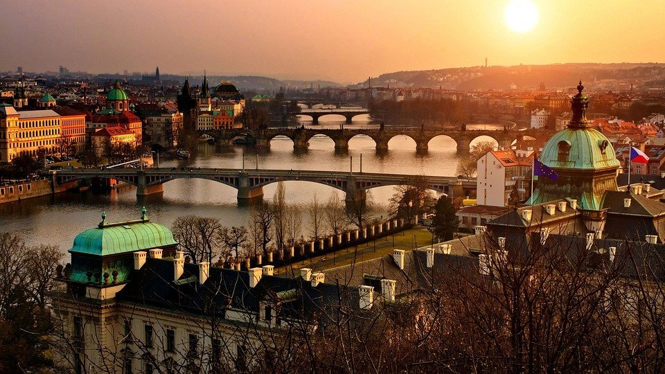 Top 10 things to do in Prague!
