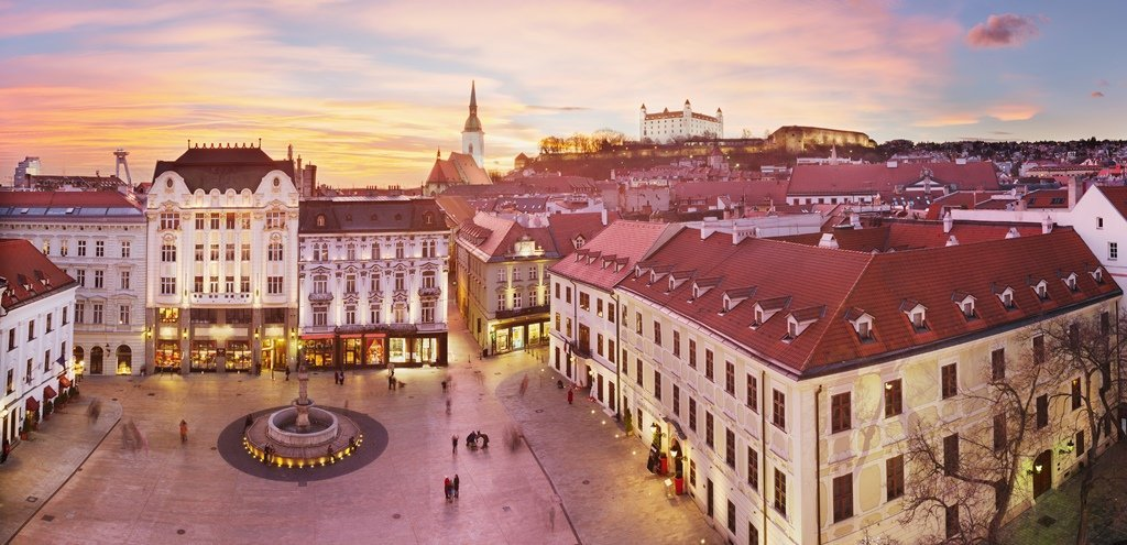 Top 10 virtual tours in Bratislava museums