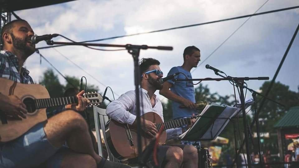 Latino concert Guitarritos