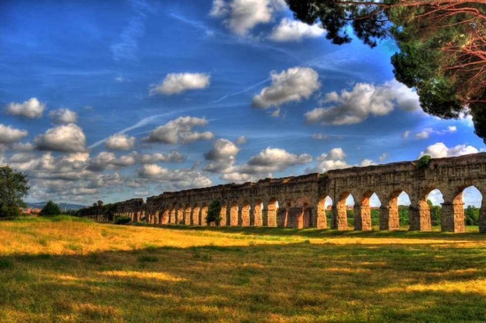 The park of the Aqueducts ONLINE