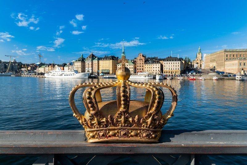 Crown on Skeppsholmen bridge